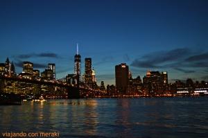 Puente Brooklyn de noche