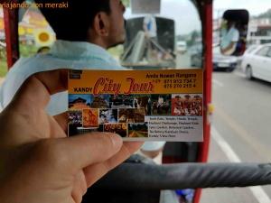 Contacto en Kandy